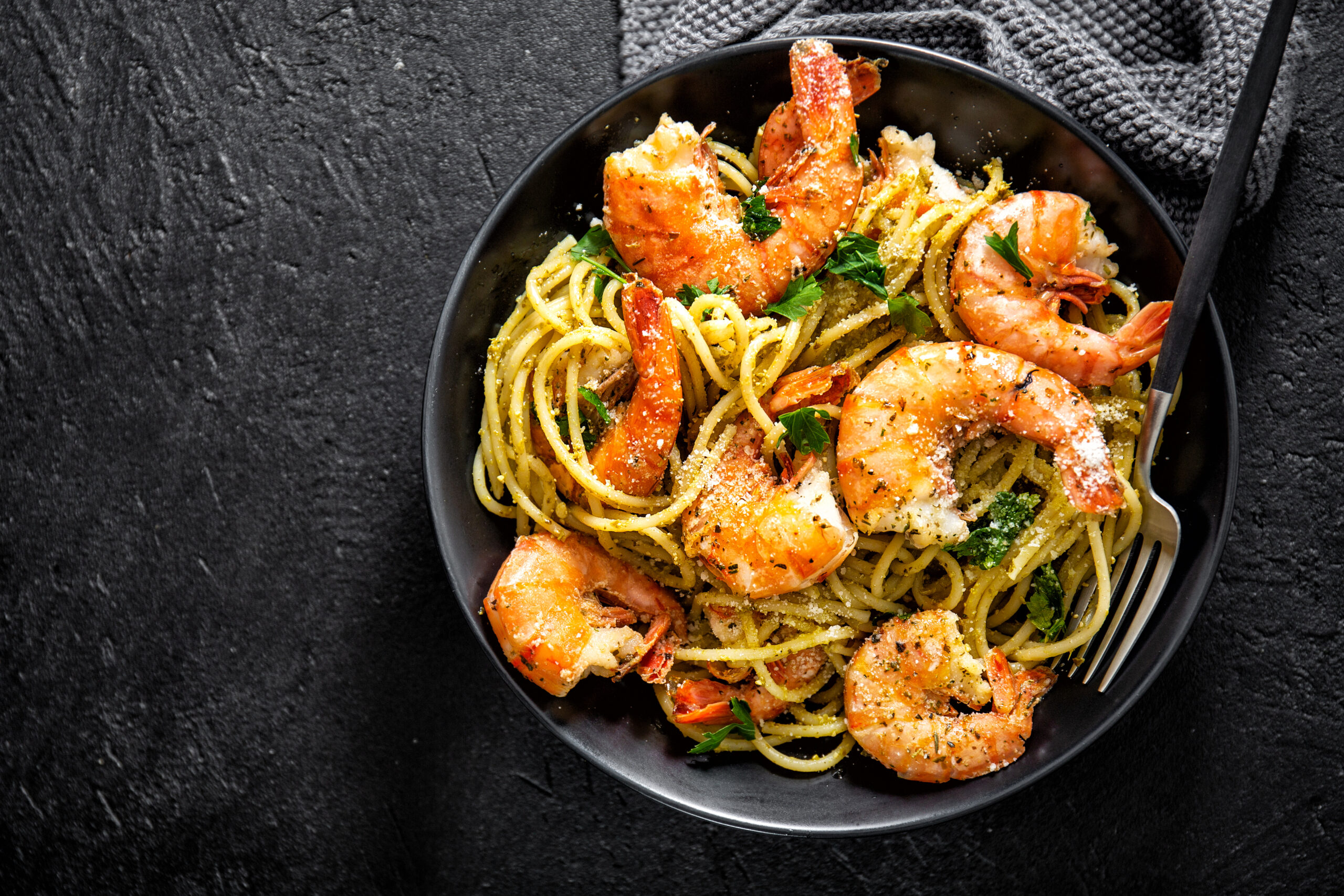 Scampi mit Pasta Aglio e Olio aus de Kieslich Gewürzmanufaktur