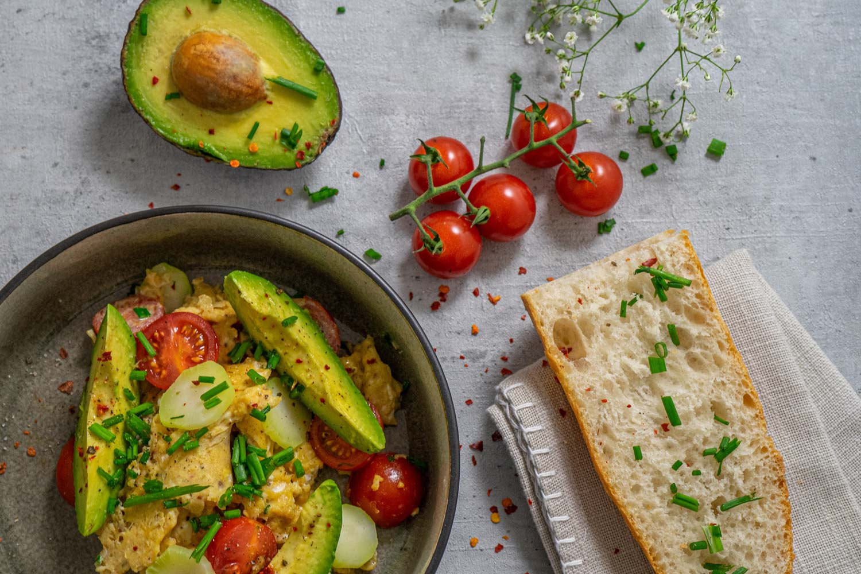 Leckeres Rezept von Kieslich Gewürze mit Ei und Avocado
